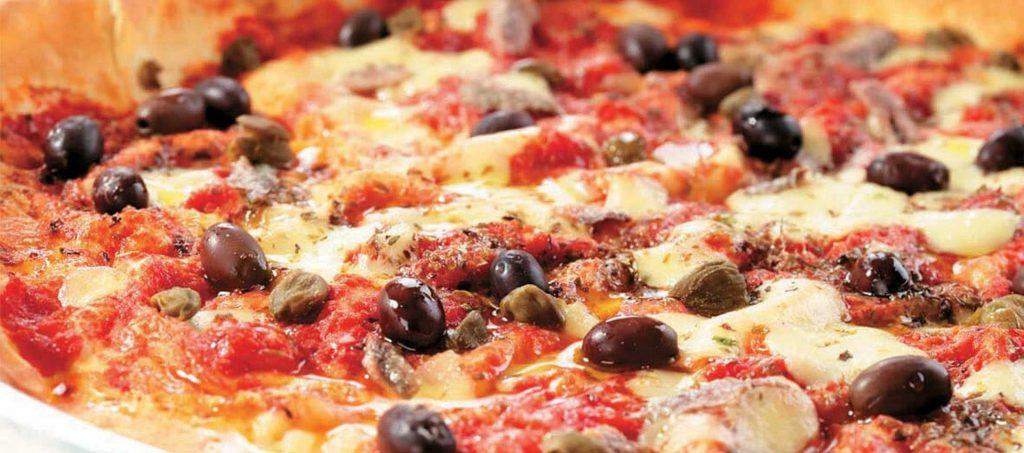 Sardinsk pizza med carasau-brød