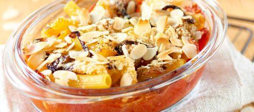 Ovnstekt pasta i skrelte tomater