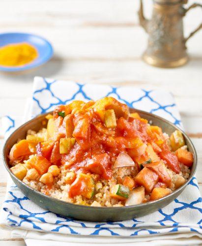Cous cous med grönsaker och tomat