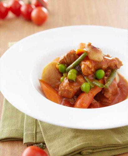 Lammsauté med tomat och blandade grönsaker