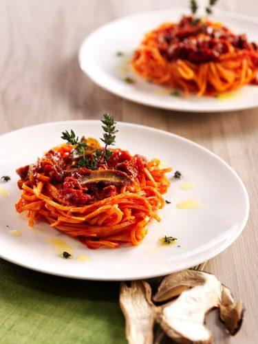 Tagliolini med porcinisås