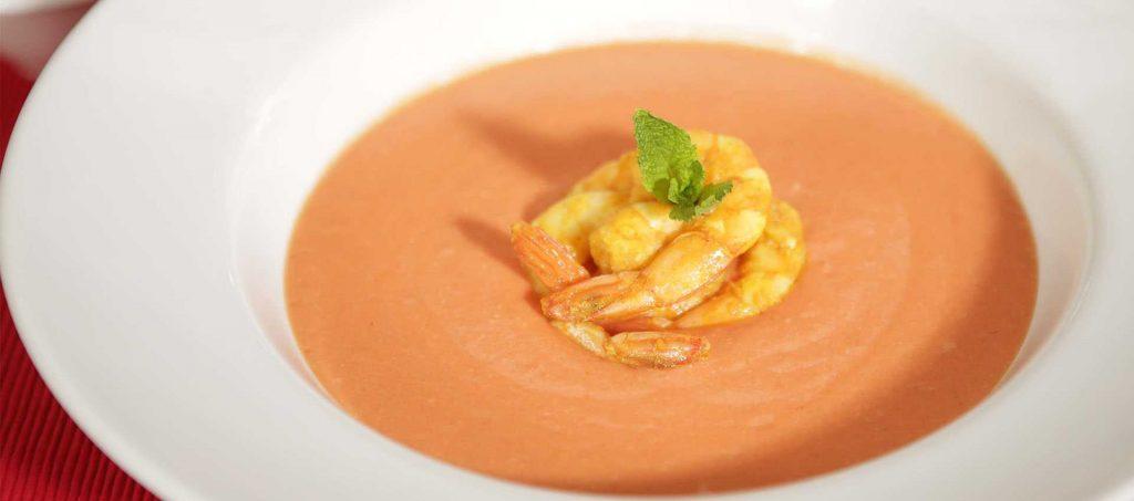 Tomatsås Aurora med curry-räkor