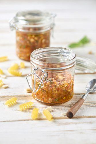 hemlagad pesto tar bara 10 minuter att göra – hemligheten är tomatprodukter av hög kvalitet
