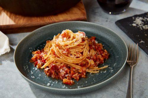 Spaghetti med vegetarisk sås (vegetarisk bolognese)