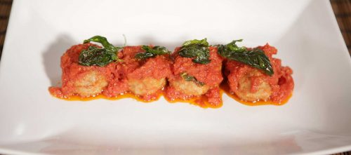 Fleischbällchen in tomatensauce Italienisch