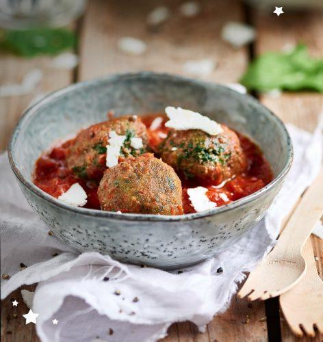 Boulettes d'épinards à la sauce tomate cerise