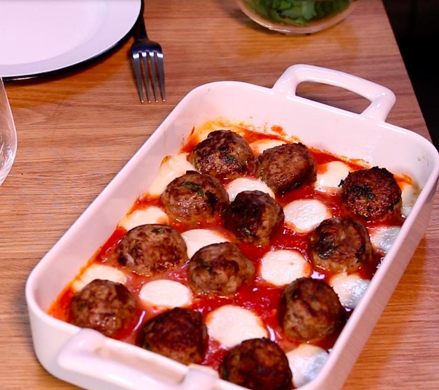 Boulettes de viande à la mozzarella et à la polpa
