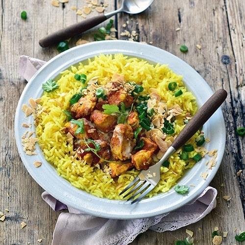 Curry Crémeux entomaté au poulet et au riz parfume (par Dorian Nieto)