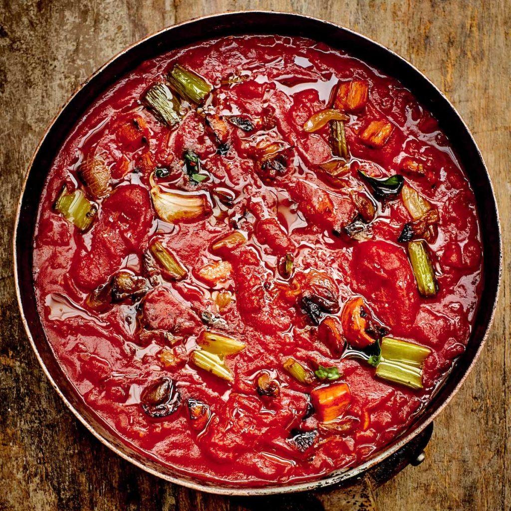 Sauce simple à la tomate