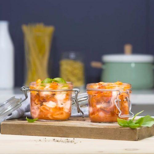Pâtes gratinées à la tomate, mozzarella et aubergines