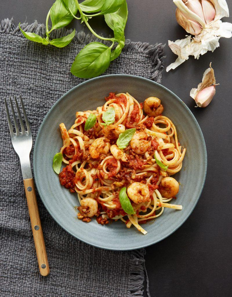 Linguine aux crevettes et sauce tomate