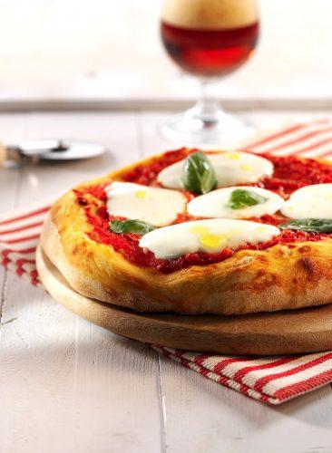 Pizza italienne à la mozzarella
