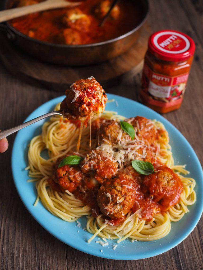 Boulettes de viande au Pesto de tomates rouges