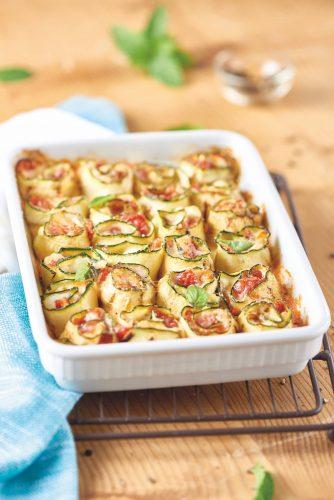 Rouleaux de courgettes à la tomate