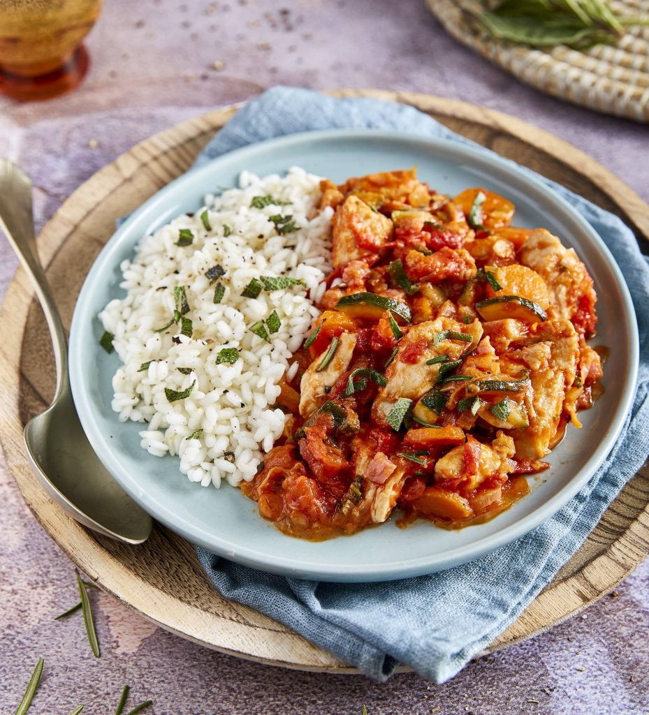 Ragoût de poulet crémeux à la tomate