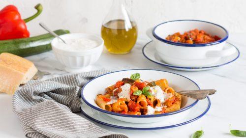 Rigatoni aux légumes et à la stracciatella