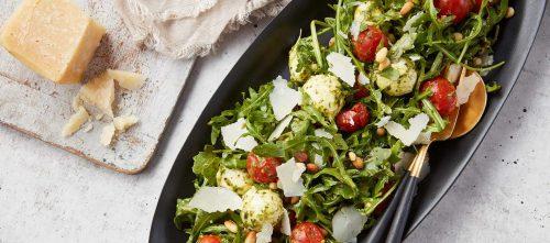 Pesto Marinated Tomato & Arugula Caprese Salad