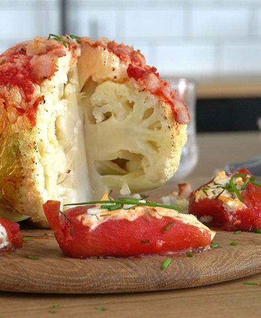 Roasted cauliflower with tomatoes
