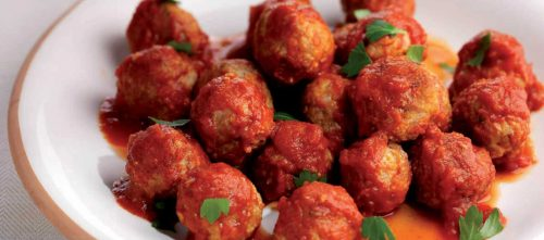 Spicy meatballs in tomato sauce