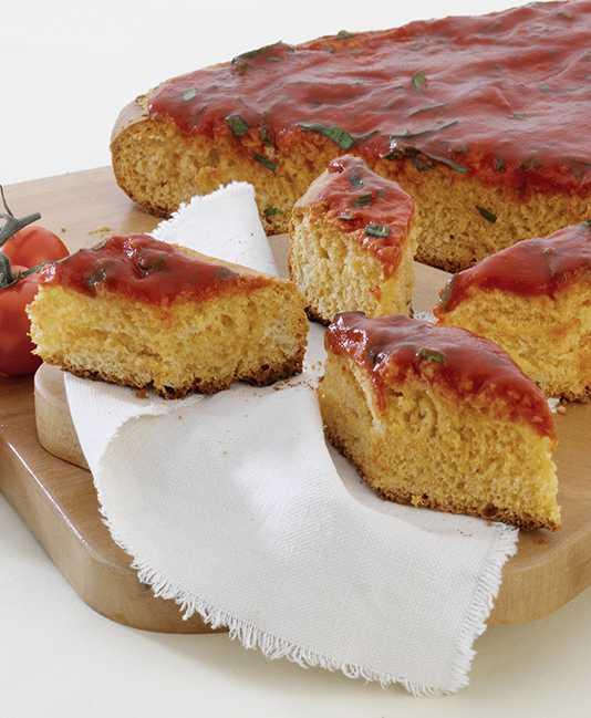 Stria with Mutti tomato puree and Mutti double concentrated tomato paste
