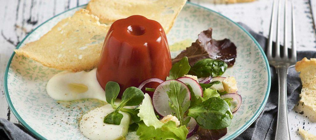 Aspic di salsa ciliegini con fonduta di mozzarella
