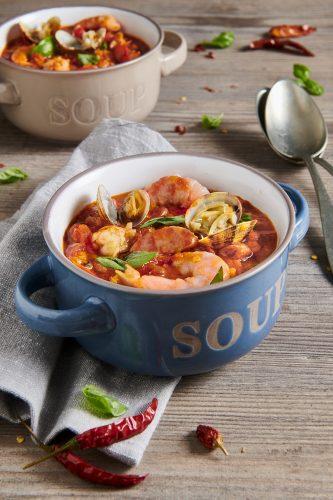 Zuppa di cereali, gamberi e vongole veraci