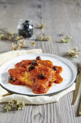 Fettine di vitello e olive alla pizzaiola
