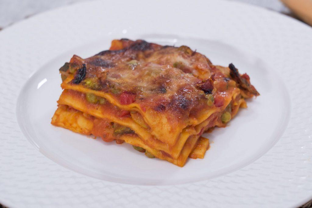 Lasagna con ragù di verdure e Salsa Pronta Datterini Mutti