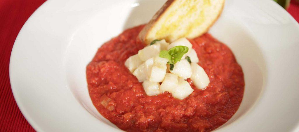 Tomaattikeitto brescialaiseen tapaan